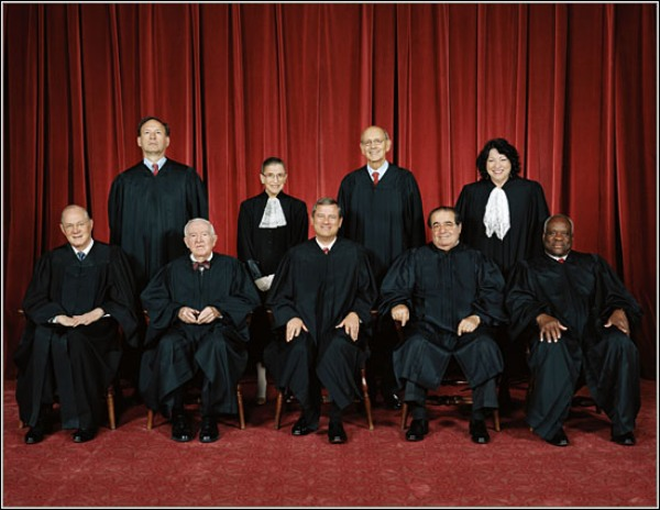 Top (left to right): Alito, Ginsburg, Breyer, Sotomayor. Bottom: Kennedy, Stevens, Roberts, Scalia, and Thomas.